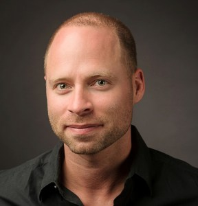 Daniel-Royse-Headshot.jpg
